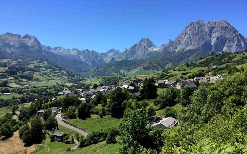 GR10 self-guided Section 2 : From Saint Jean Pied de Port to Etsaut